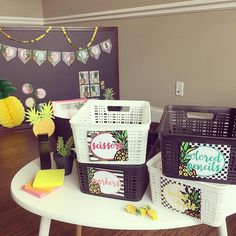 Pineapple Chic at work! Classroom decor has never looked so good!