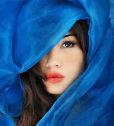 Most beautiful women portrait photography models Beautiful Eyes, Most Beautiful Women, Beautiful People, Beautiful Beach, Animals Beautiful, Blue Dream, Love Blue, Poses, Modeling Fotografie