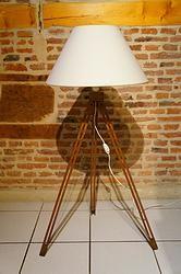 PETIT LAMPADAIRE TRIPODE :  en vente sur le site www.weartgalerie.com