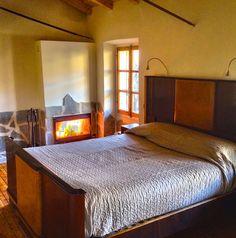Affitto appartamento Asti e provincia - camera matrimoniale con camino appartamento primo piano