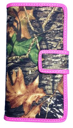 Official Mossy Oak Women Camo Wallet Ladies Camo Western Wallet with Camo Cutie Bt-5. Officially licensed Mossy Oak Camo Wallet (Plus Free Camo Cutie Can Koozie). Easy open double tab/snap closure. Clear-view driver's license window Multi credit card slots. Made of High Qualtiy Mossy Oak Camo fabric with full length billl openings. Measurements 7 X 3.5.