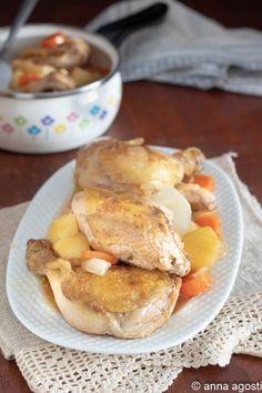 Il pollo in casseruola con patate è un secondo piatto con contorno molto gustoso che si prepara in poco tempo con ingredienti semplici, fa un sughetto da prendere con del buon pane casereccio #nonsololetortedianna #ricetta #recipe #enjoy #bastachesiabuono #secondipiatti #cucinasfiziosa #ricettasemplice #foodrecipe #fotofood #ricettacontadina #pollo #polloincasseruola Pane Casereccio, Carne, Food To Make, French Toast, Breakfast, Recipes, Morning Coffee, Recipies, Ripped Recipes
