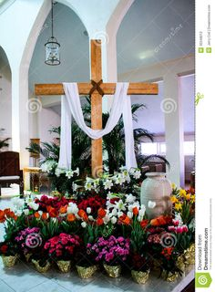 Decorating Church With Potted Easter Plants Catholic Easter Altar Decorations, Lent Decorations For Church, Easter Decor, Church Ideas, Easter Ideas, Easter Plants, Easter Flowers, Church Flower Arrangements, Church Flowers