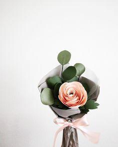 "154 Likes, 7 Comments - Sara Kim (@handmadebysarakim) on Instagram: ""Making some single stem bouquets for Mother's Day! Paper eucalyptus + paper ranunculus…"""