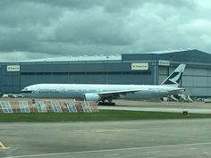 Cathay Pacific Airline company Boeing 777 Aeroplane