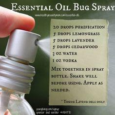 All-natural bug spray recipe | essential oil bug spray recipe | #healthyinsanitymom #summer #bugspray