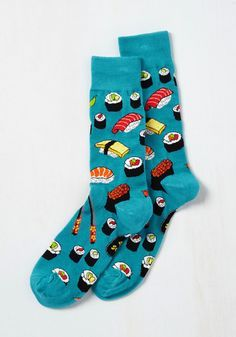 Say What You Sushi Men's Socks. Afternoon lunch is perfectly playful when your fella is sporting these sushi-patterned socks at the table! Funky Socks, Crazy Socks, Cute Socks, Men's Socks, Food Socks, Hipster Grunge, Mode Outfits, Sexy Outfits, Over The Knee