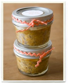 """potted pumpkin pies - great way to """"mix it up"""" next thanksgiving!"""
