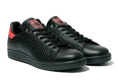 all black - stan smith - originals - adidas All Black Stan Smiths, Nike Lebron, Sneaker Boots, Adidas Shoes, Casual Looks, Adidas Originals, All Black Sneakers, Men's Shoes, Converse