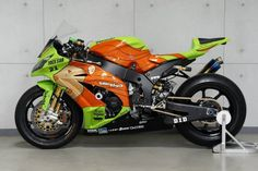 Kawasaki ZX-10R Team SynergyForce Trick Star Racing @ 24 Hours Le Mans 2013