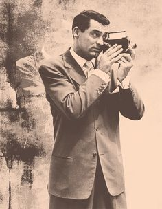 Cary Grant // looks like Don. Golden Age Of Hollywood, Vintage Hollywood, Classic Hollywood, Hollywood Style, Cinema, Celebrity Photographers, Cary Grant, Fan Art, Pictures Of People
