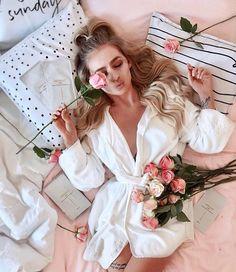 Womens Fashion Online, Latest Fashion For Women, Mode Rose, Poses Photo, Photo Shoot, Womens Pyjama Sets, Satin Pyjama Set, Cute Pajamas, Nouvel An