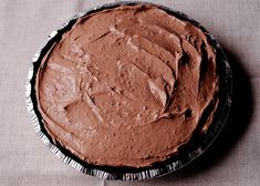 No Bake Double Chocolate Cream Pie with Oreo Crust No Bake Chocolate Desserts, Chocolate Pie With Pudding, Chocolate Pie Recipes, Chocolate Pies, Chocolate Shavings, Chocolate Cream, Delicious Chocolate, Holiday Pies, Christmas Desserts