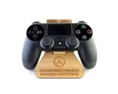 steuntje, Overwatch Inspired Plywood PlayStation 4 Controller Stand
