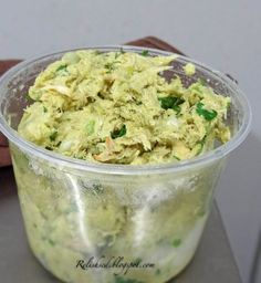 Avocado Chicken Salad 1 Pkg boneless, skinless chicken breasts (2 or 3) 1 avocado 1/4 of an onion, chopped juice of 1/2 a lime 2 Tbsp cilantro (or sub basil if you prefer) some salt and pepper, to taste Cook chicken breast until done, let cool, and then shred. Add all of the other ingredients and mix.