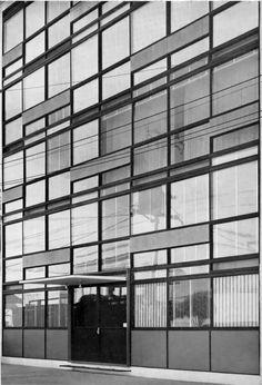 Edificio Tigris, Mexico D.F. 1955.  Ricardo de Robina y Jaime Ortiz Monasterio