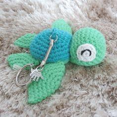 Porte clés tortue samy crochet amigurumi kawaii Crochet Pattern Free, Crochet Diy, Crochet Kawaii, Crochet Amigurumi, Crochet Patterns, Crochet Keychain, Crochet Earrings, Etsy, Christmas Crafts