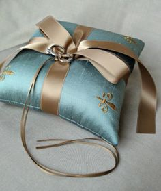 something handmade - silk dupioni ring pillow - Wedding Ring Cushion, Wedding Pillows, Cushion Ring, Ring Bearer Pillows, Ring Pillows, Lace Ring, Vintage Wedding Invitations, Wedding Stationery, Pillow Design