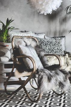 Pallet Furniture, Furniture Design, Tree Shop, Reclaimed Timber, Handmade Furniture, Wood Turning, Wood Pallets, Decoration, Summer Collection