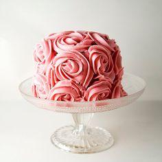Rose Cake. Seems yummy!