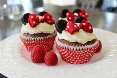 Minnie Mouse Cupcakes - Plixton