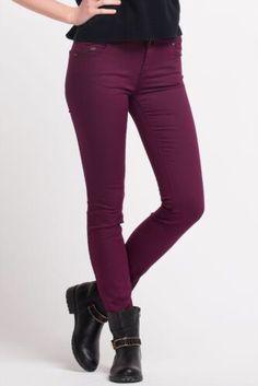 Bayramda kıyafetlerime renk katacak çok hoş bi pantolon!:D