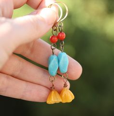 Vintage Glass Flower Earrings  Goldenrod by WishByFelicity on Etsy,