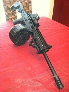 Saiga with a drum magazine Weapons Guns, Guns And Ammo, Arsenal, Bullpup Shotgun, Drum Magazine, Battle Rifle, Concept Weapons, Custom Guns, Military Guns