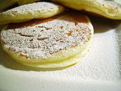 Clatite pufoase cu branza - Dulciuri fel de fel