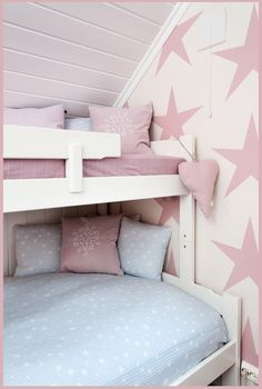 mommo design: Bunks for Girls // claradeparis.com loves the wall paper