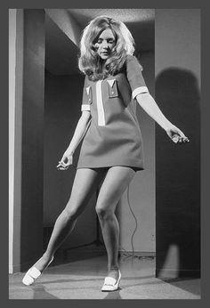 love the 60's dress!!