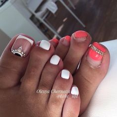 Nail art design ideas to mix up your pedicure Feet Nail Design, Pedicure Nail Designs, Pedicure Nail Art, Toe Nail Designs, Toe Nail Art, Manicure And Pedicure, Pedicures, Gorgeous Nails, Love Nails