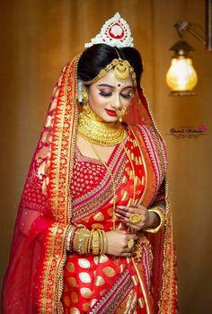 Indian Wedding Bride, Bengali Wedding, Saree Wedding, Bridal Lehenga, Wedding Dress, Bengali Bridal Makeup, Bridal Makeup Looks, Bridal Makup, Bridal Beauty