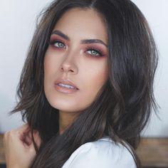 See this Instagram photo by @alatorreee • Melissa Alatorre makeup, using the Anastasia Beverly Hills Modern Renaissance eyeshadow palette.