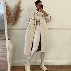 """Boho Brand Spell Designs Delivers """"Between Sea and Sky"""" Collection Winter Outfits For Girls, Winter Fashion Outfits, Look Fashion, Fall Outfits, Autumn Fashion, Girl Fashion, All White Outfit, White Outfits, Mode Outfits"""