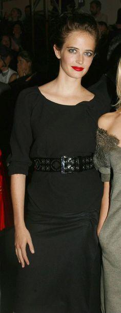 Eva Green sei un po'  cambiata hai sempŕe gli occhi fissi, ma sei ugualmenleuna ottima attrice