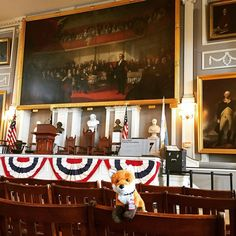 #AdmissionsVixen Rose loved visiting the Great Hall! @faneuilhall