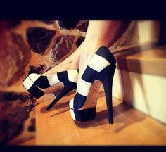 A pair of striped shoes Pretty Shoes, Beautiful Shoes, Cute Shoes, Me Too Shoes, Gorgeous Heels, Hello Gorgeous, Blue And White High Heels, Black White, Shoe Boots