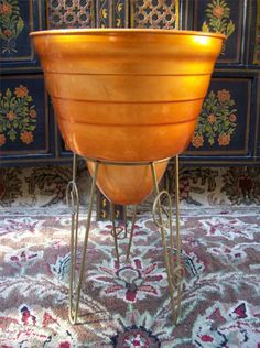 vintage metal plant stands | ... -1960s-ATOMIC-RETRO-ORANGE-ANODISED-POT-PLANT-WITH-ORNATE-METAL-STAND