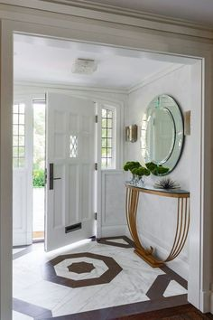 30 Fabulous Small Entryway Decorations To Enhance The Beautiful Of Small Space E. 30 Fabulous Small Entryway Decorations To Enhance The Beautiful Of Small Space Entryway Decor Ideas Hallway Decorating, Decorating Small Spaces, Decorating Ideas, Decor Ideas, Foyer Ideas, Decorating Bathrooms, Decoration Hall, Front Hall Decor, Foyer Flooring