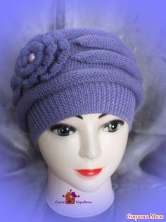 Добрый день всем! Весна с каждым днем все ближе и ближе! Поэтому пошли заказы на весенние шапочки. Заказала мне женщина шапку ну не знаю какую, но объемную, но не берет и только сиреневую.