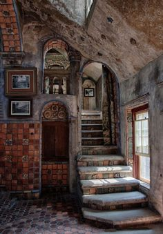 Fonthill Castle - abandoned yet still beautiful Abandoned Castles, Abandoned Mansions, Abandoned Places, Haunted Places, Beautiful Buildings, Beautiful Homes, Beautiful Places, Old Buildings, Abandoned Buildings