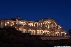 Page 2 - 5 High-Tech Smart Homes for the Super Rich - Oceanfront estate, Dana Point, Calif.
