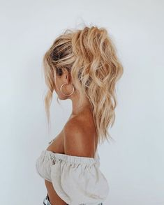 Prom Hairstyles The Effective Pictures We Offer You About short afro hairstyles for Prom Hairstyles, Vintage Hairstyles, Pretty Hairstyles, School Hairstyles, Braided Hairstyles, Hairstyle Ideas, Baddie Hairstyles, Simple Hairstyles, Everyday Hairstyles