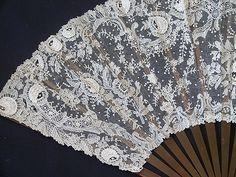 Exquisite 19th century Brussels Point De Gaze Lace Fan