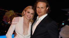 Outlander Stars Talk Jamie & Claire Print Shop Reunion, Spill Secrets Ab...