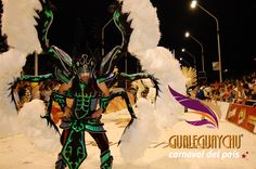 Todos los Sábados de febrero es Carnaval en Gualeguaychu