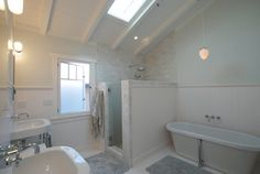 Vaulted  #BATHROOM Jeannette Architects
