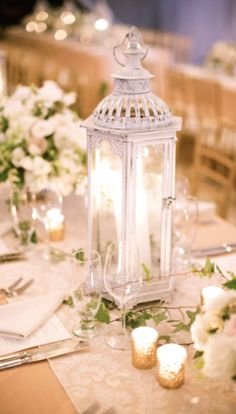 beautiful table setting http://rstyle.me/n/cdshgr9te