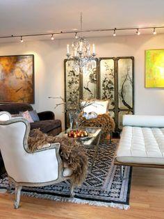 M?blementet i denne stuen er elegant, med et tydelig nostalgisk preg ...